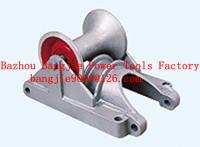 Conduit cable roller